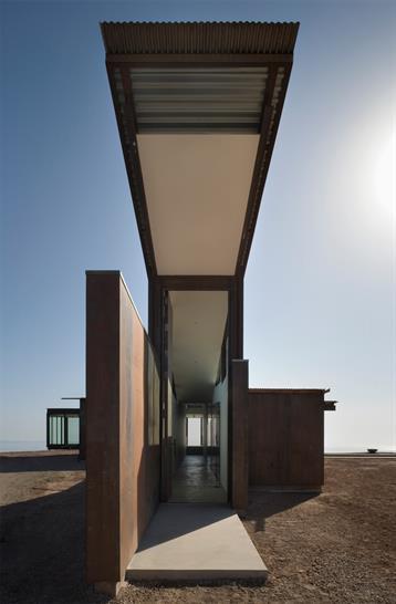 Montecito Residence ©Tim BiesOlson Sundberg Kundig Allen Architects