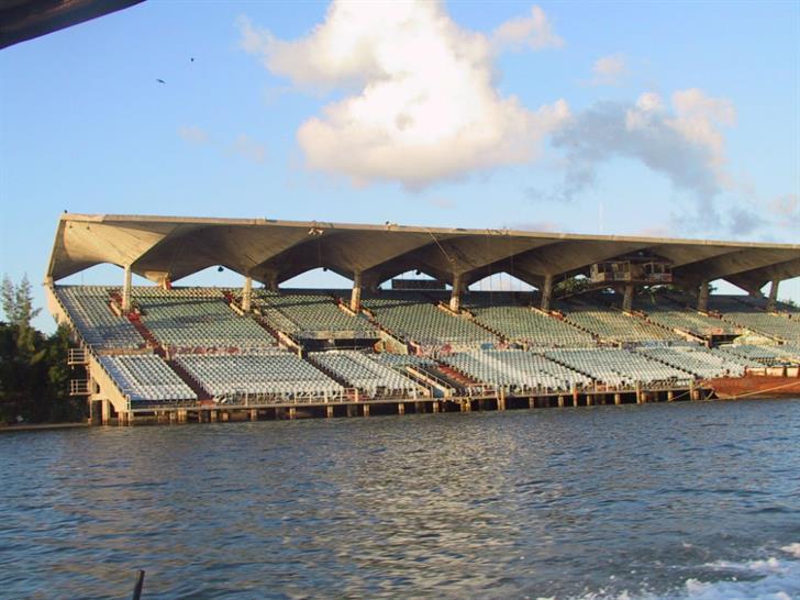 Miami Marine Stadium © Lisette Matos