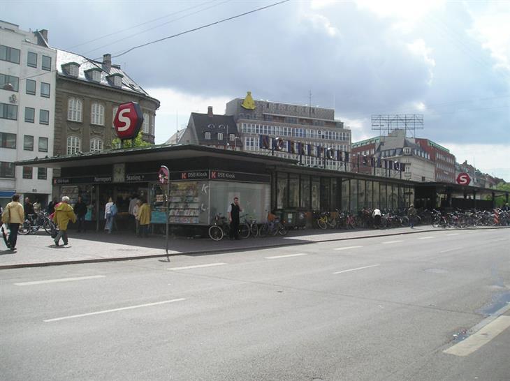 (c) Leif Jørgensen, Norreport station as it stood in 2007