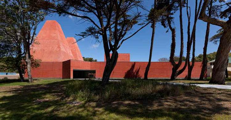 Paula Rêgo Museum, Cascais, Portugal: Photo by Luis Ferreira Alves