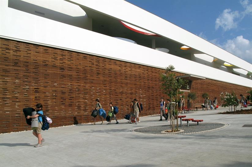 Remez Arlozorov Community Center: Mayslits Kassif Architects