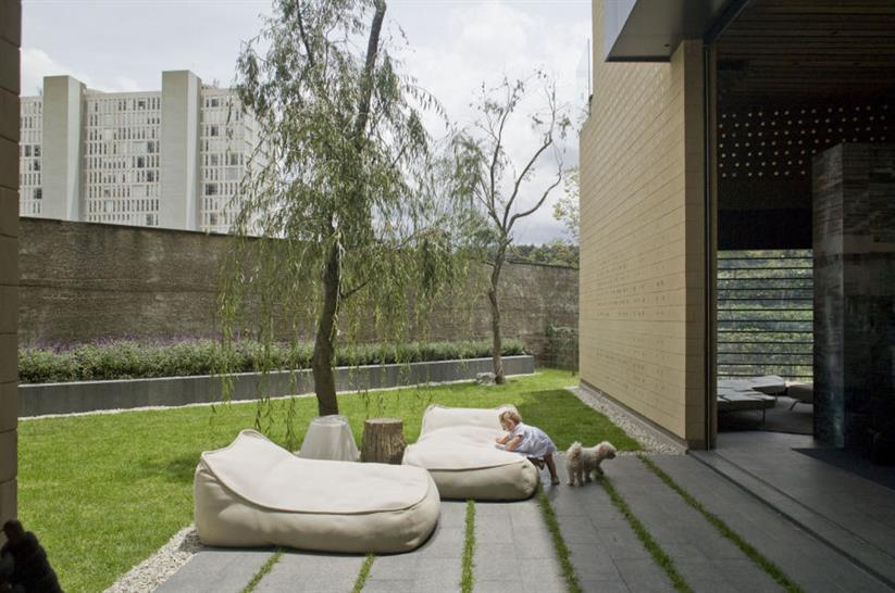 Images courtesy of Serrano Monjaraz arquitectors