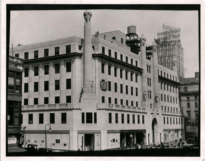 1930: The International Magazine building