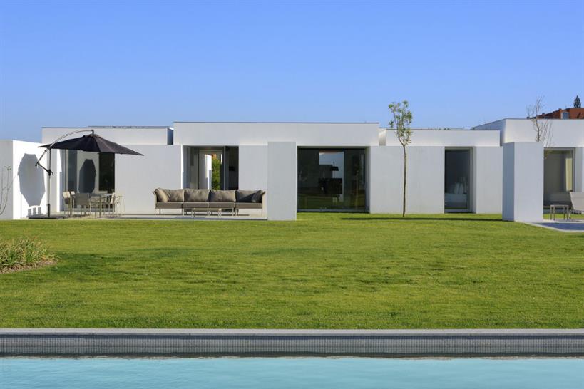 Architect: Manuel Aires Mateus