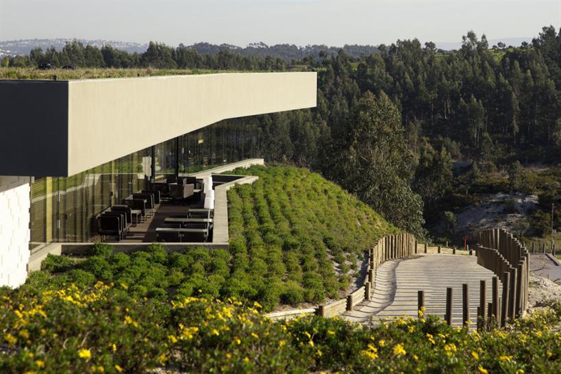 Architect: Nuno Graça Moura