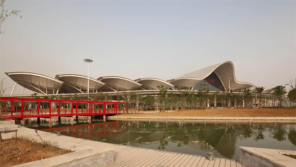 Wuhan Railway Station: Photography by T. Chapuis