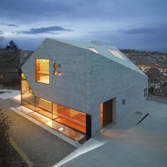Villa H36 by MBA/S Matthias Bauer; image: Roland Halbe
