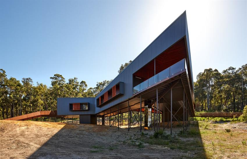 Nannup House by Iredale Pedersen Hook Architects