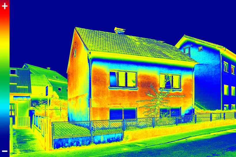 Traditional house thermal image