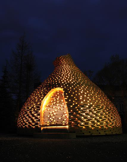 Haugen-Zohar Arkitekter Fireplace for children