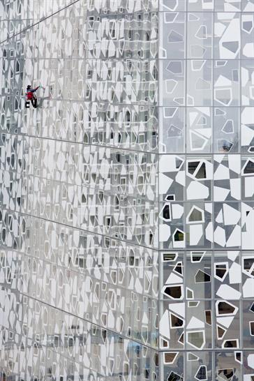 Snøhetta and Zeidler Partnership Architects