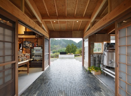 "<a href=""http://backstage.worldarchitecturenews.com/wanawards/project/kamikatz-public-house/?source=sector&selection=longlist"" target=""_blank"">Kamikatz Public House by Hiroshi Nakamura & NAP ©Hiroshi Nakamura</a>"