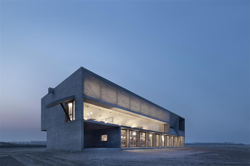 "<a href=""http://backstage.worldarchitecturenews.com/wanawards/project/seashore-library/?source=sector&mode=listing&selection=all"" target=""_blank"">Seashore Library</a> by Vector Architects &copy; Su Shengliang"
