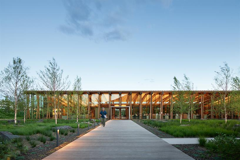 "<a href=""http://backstage.worldarchitecturenews.com/wanawards/project/washington-fruit-produce-company/"" target=""_blank"">Washington Fruit & Produce Company</a> y Graham Baba Architects © Kevin Scott"
