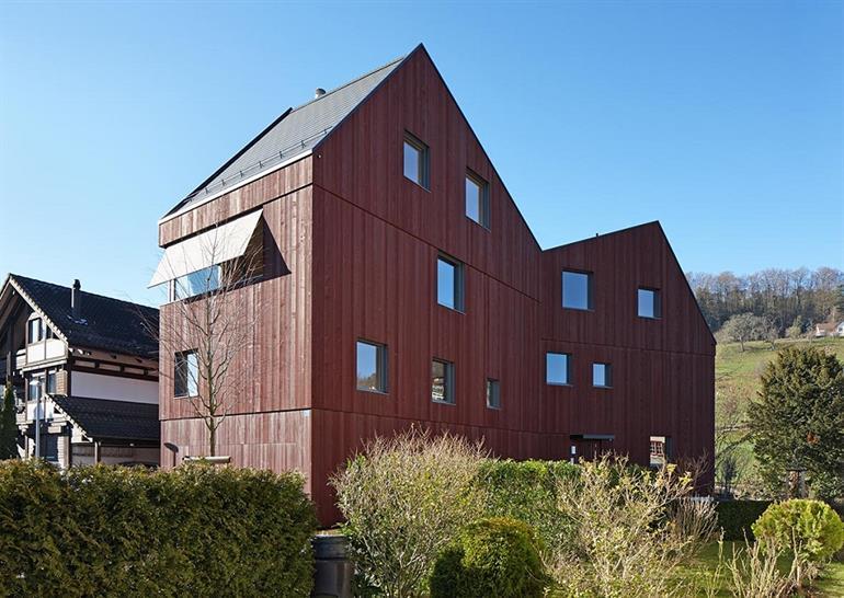 "<a href=""http://backstage.worldarchitecturenews.com/wanawards/project/three-familiy-home/"" target=""_blank"">Three-Familiy Home</a> by pool Architekten &copy; Ralph Feiner"