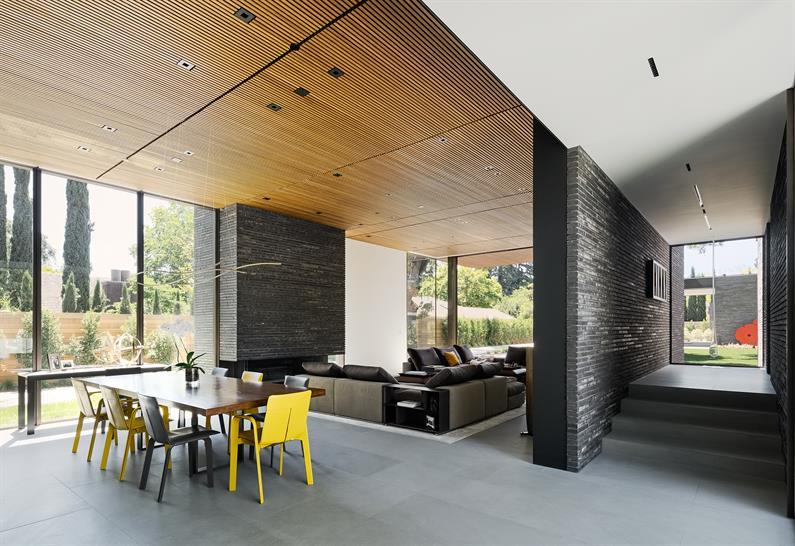 02- Waverley Residence, Palo Alto, California; photo credit: Joe Fletcher.
