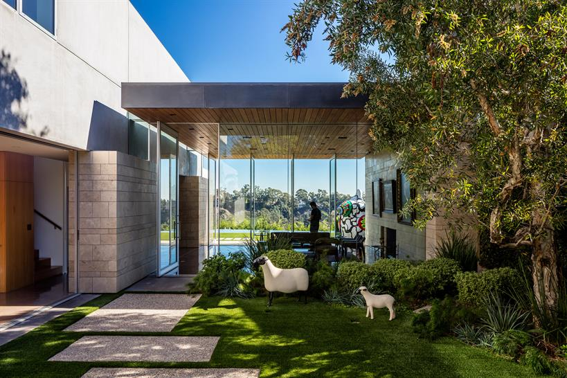 07- Carrillo Residence, Pacific Palisades, California; photo credit: Nico Marques