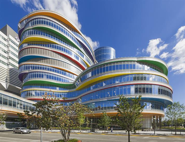 "<a href=""https://backstage.worldarchitecturenews.com/wanawards/project/buerger-center-for-advanced-pediatric-care-new-one/"" target=""_blank"">Buerger Center for Advanced Pediatric Care</a> by &copy; Pelli Clarke Pelli Architects"