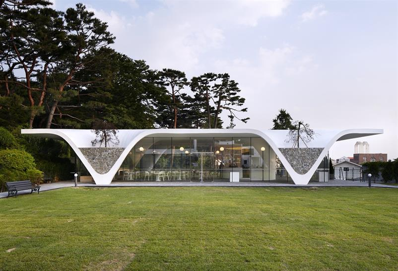 """<a href=""""https://backstage.worldarchitecturenews.com/wanawards/project/good-morning-cafe/"""" target=""""_blank"""">Good Morning Cafe</a> by THE_SYSTEM LAB &copy; Yongkwan Kim"""