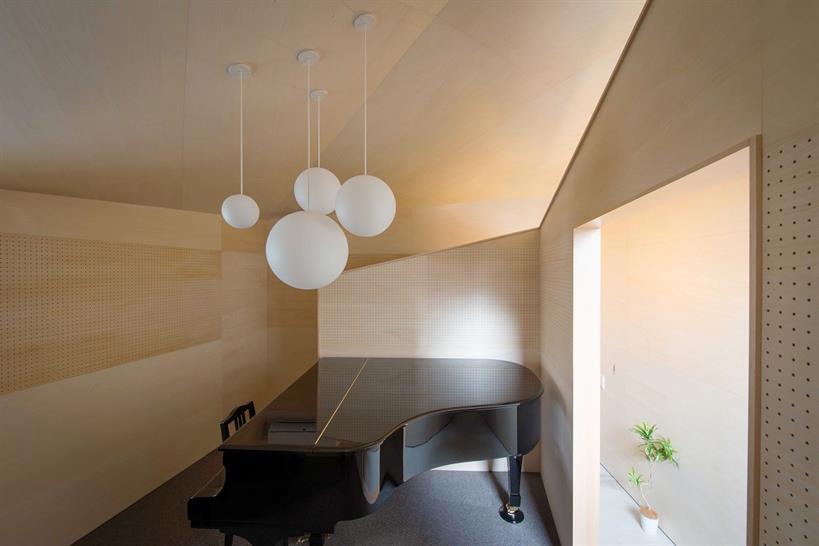 "<a href=""https://backstage.worldarchitecturenews.com/wanawards/project/piano-house-k-448/"" target=""_blank"">PIANO HOUSE K.448</a> by NI&Co. Architects © Hiroshi Tanigawa"