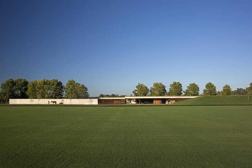 "<a href=""https://backstage.worldarchitecturenews.com/wanawards/project/figueras-polo-stables/"" target=""_blank"">Figueras Polo Stables</a> by Esudio Ramos © Daniela Mac Adden"
