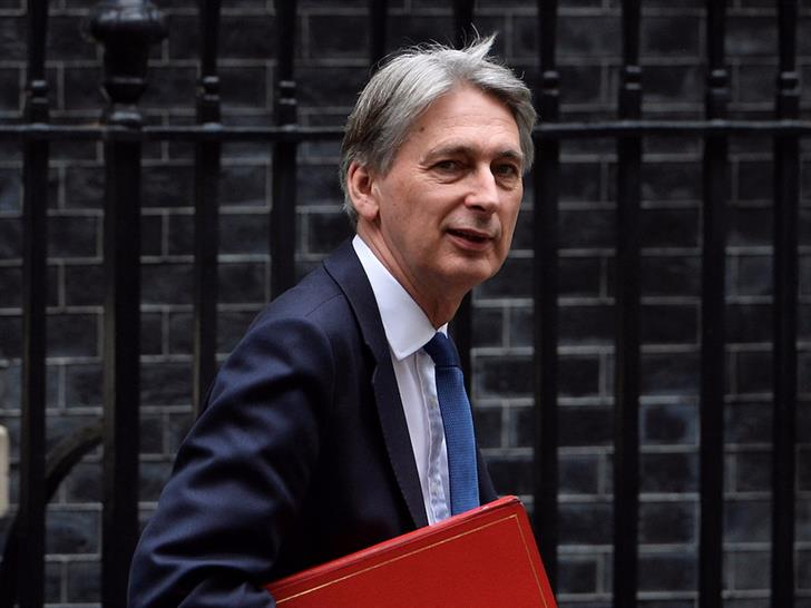 Philip hammond © uk.businessinsider.com