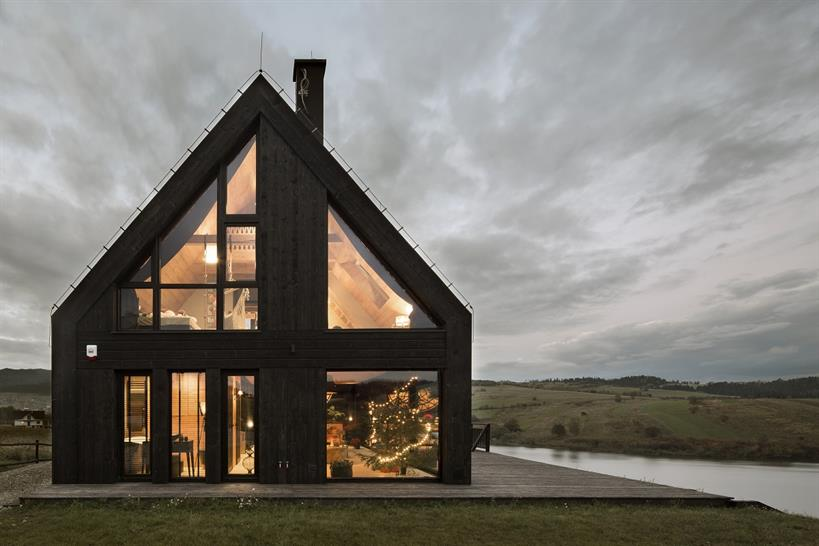 "<a href=""https://backstage.worldarchitecturenews.com/wanawards/project/mountain-cottage-kluszkowce/"" target=""_blank"">Mountain Cottage / Kluszkowce</a> by HOLA Grupa Projektowa © Yassen Hristov"