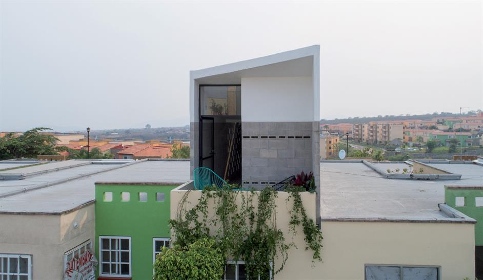 "<a href=""https://backstage.worldarchitecturenews.com/wanawards/project/one-more-room/"" target=""_blank"">One More Room</a> by &copy; ADG"
