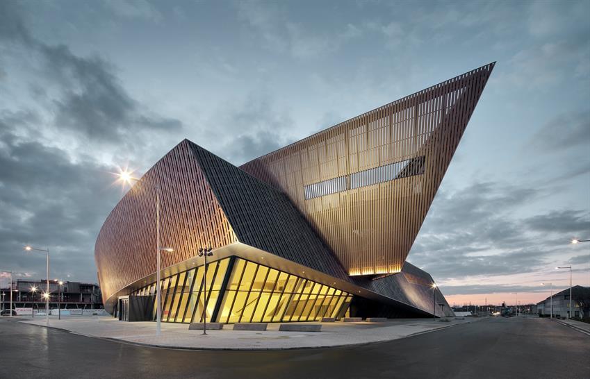 Centre de Congr1es_Mons © Georges de Kinder