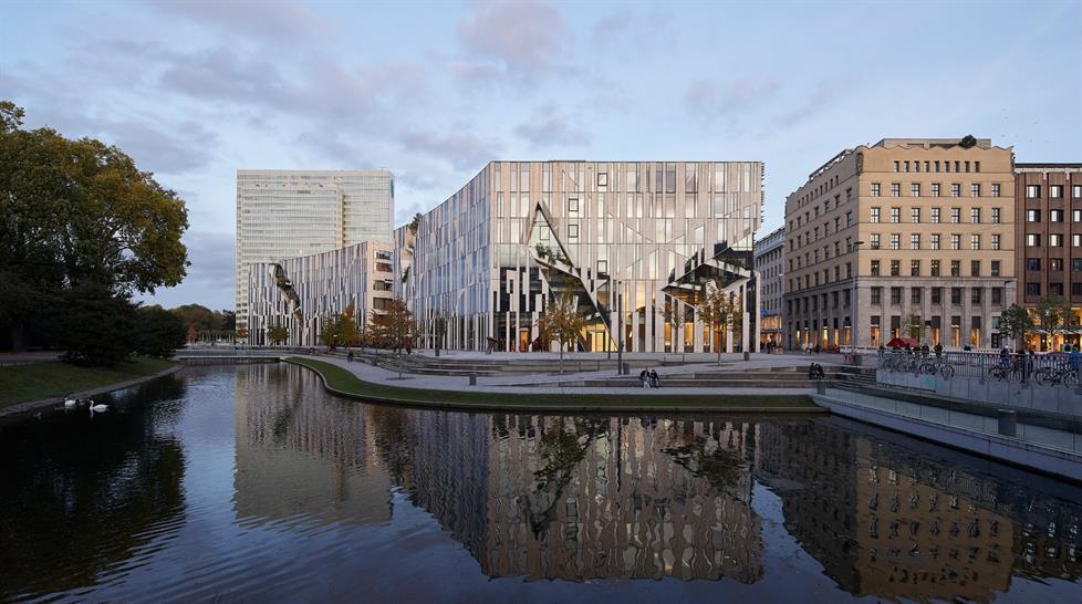 Ko-Bogen - Dusseldorf © Hufton+Crow