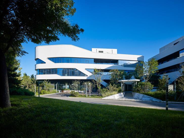 Zoe Architecture
