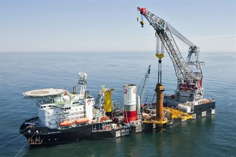 Cape Holland used a vibropiling hammer at the Riffgat offshore project