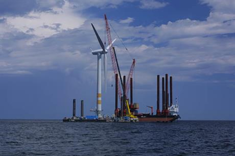 Vattenfall's Yttre Stengrund during construction in 2001 - it will be decommissioned this year