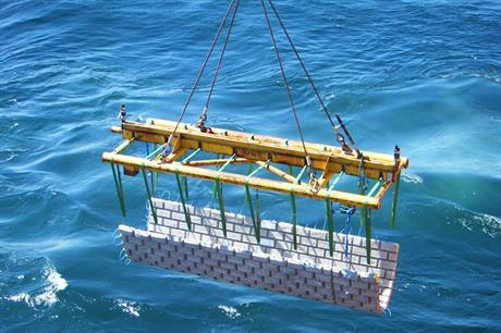 Concrete matresses conform to seabed surface shape