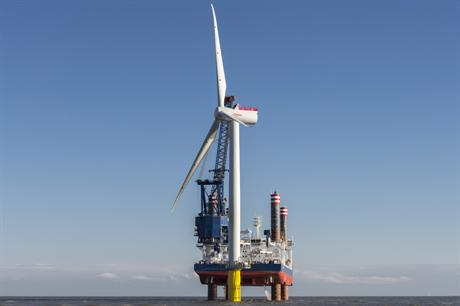 Despite the availability of larger tubines such as the Siemens 6MW, average size fell