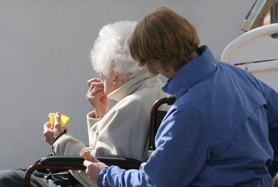 Contract will support carers