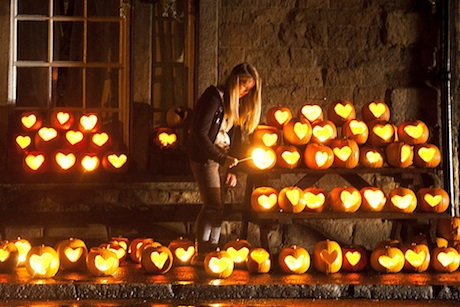 Pumpkins with heart: activity in the village of Hope in Derbyshire