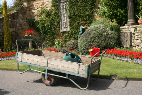 Historic and Botanical Gardens Review of 2011 - image: Hever Castle