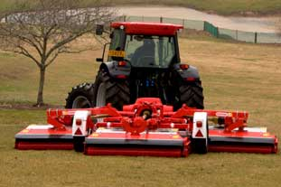 New to Saltex 08 - photo: Trimax Mowing Systems