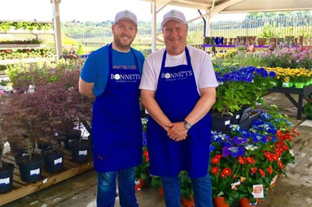 Chris Bonnett and manager Kevin Hadlow - image: Gardening Express